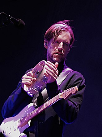 Ed O'Brien - Ed O'Brien performing with Radiohead in Glasgow, 2017