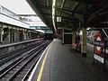 Edgware Road stn (Circle line) platform 2 look west.JPG