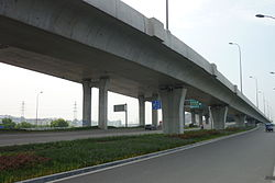 Elevated road of Airport Viaduct, Ningbo.JPG