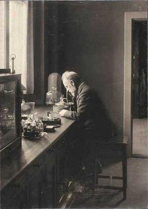 Emil Christian Hansen - Hansen in his lab.