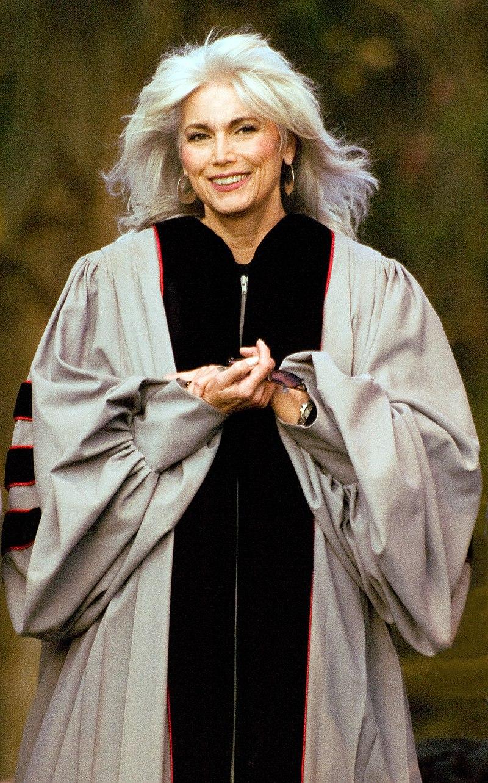 Emmylou Harris, Honorary Doctorate From Berklee Presentation, 2009.jpg