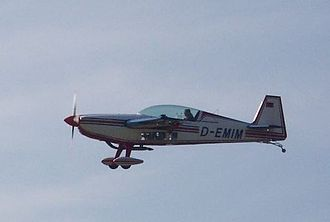 Walter Extra - An Extra 300 during landing.
