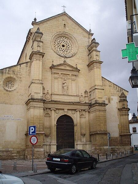 Ficheiro:Fachada principal de la iglesia de San Pedro de Córdoba.JPG