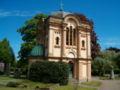 Familjen Bancks mausoleum.jpg