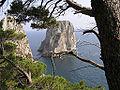 Faraglione - Capri.jpg