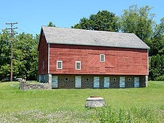 Glendon, Pennsylvania - Image: Farm on High St, Glendon, Northampton Co PA 01