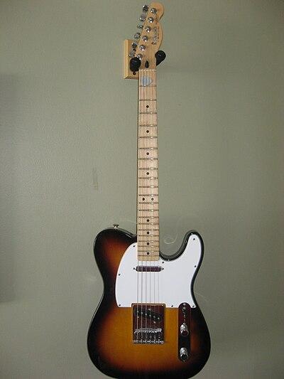 Fender Telecaster 003.JPG