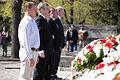 Flickr - Saeima - Svinīgā vainagu nolikšanas ceremonija Rīgas Brāļu kapos (4).jpg