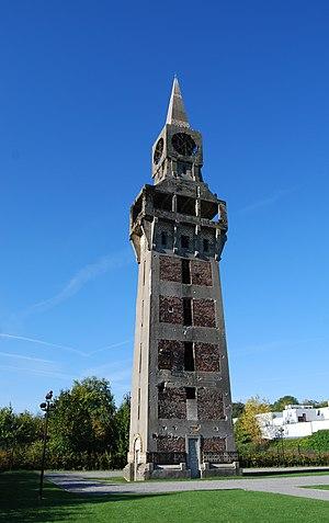 Florentine tower of Buire - Image: Florentine 0004