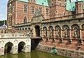Frederiksborg Slot - Arkadefkøjen.jpg