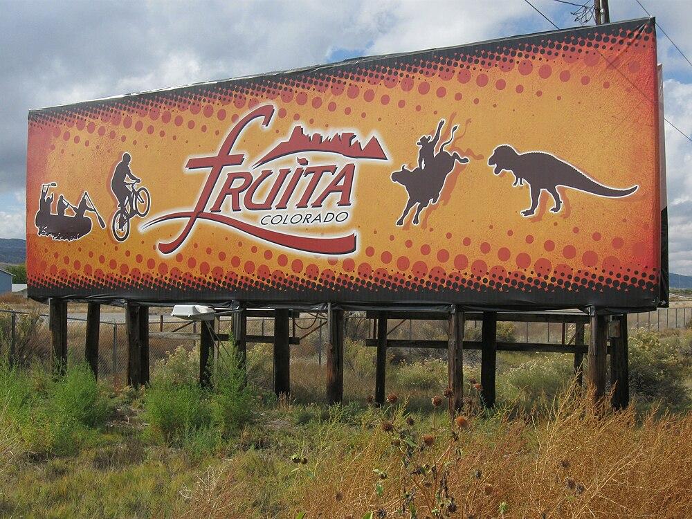 The population density of Fruita in Colorado is 625.11 people per square kilometer (1619.21 / sq mi)