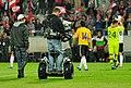Fußballländerspiel Österreich-Ukraine (01.06.2012) Kameramann2.jpg