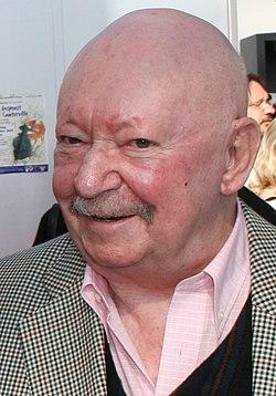 Günter Kunert (cropped).jpg