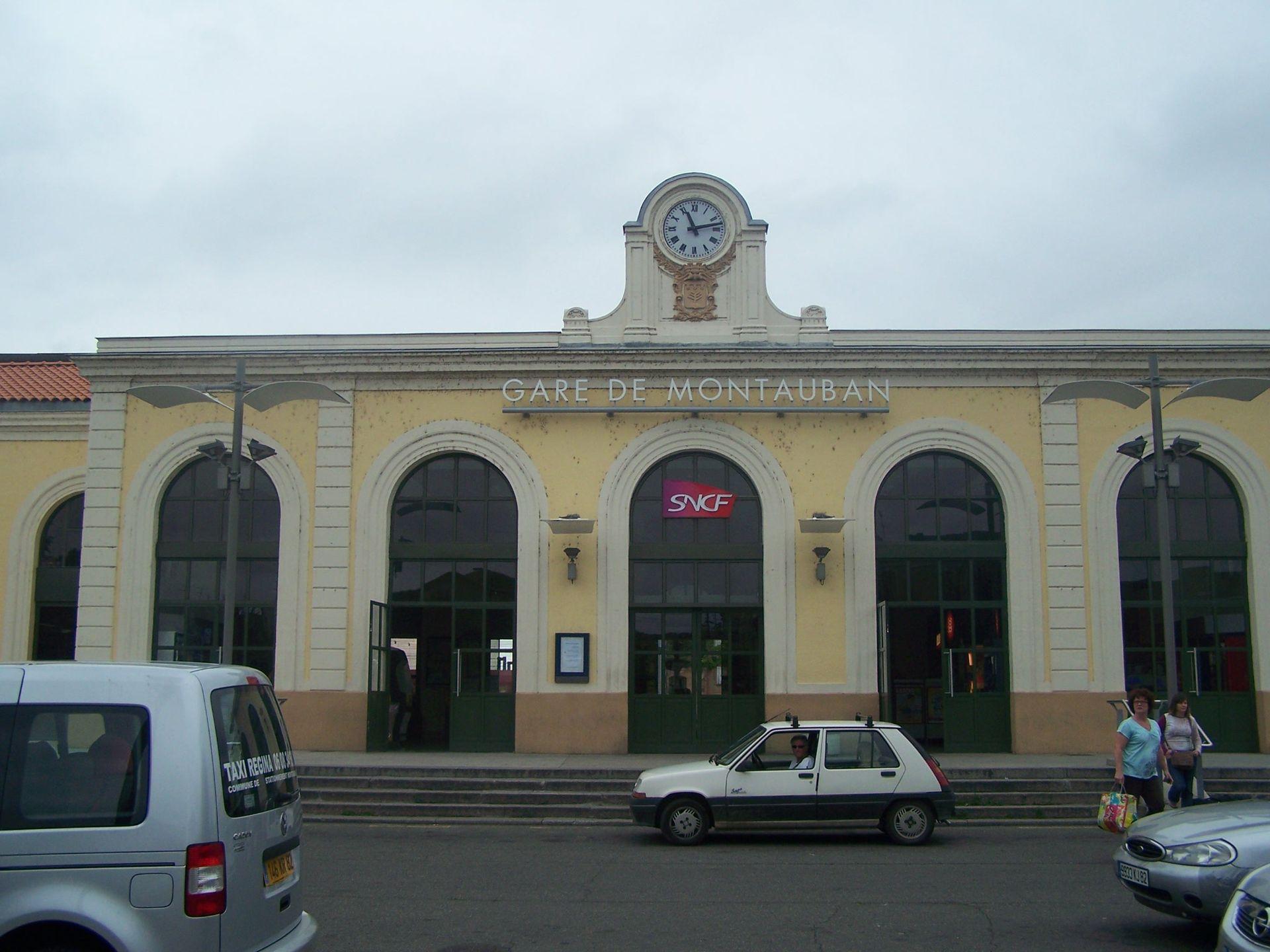 Gare de montauban ville bourbon wikip dia for Piscine de montauban