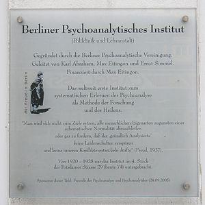 Berlin Psychoanalytic Institute - Gedenktafel am ehemaligen Standort des Instituts in der Potsdamer Straße in Tiergarten