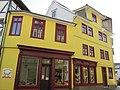 Gelbes Haus am Eingang zum Obermarkt - Eschwege - panoramio.jpg