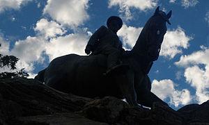 Koos de la Rey - Statue of De La Rey