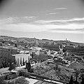 Gezicht op de citadel van Jeruzalem met links op de voorgrond de Franse ambassad, Bestanddeelnr 255-1615.jpg