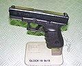 Glock 19 01.jpg
