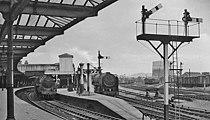 Gloucester eastgate 1 railway station 2037344 d03b40c8.jpg