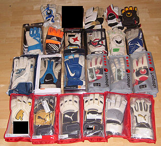 Kit (association football) - Various styles of goalkeeping gloves