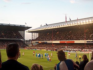 2004–05 Arsenal F.C. season - Goalmouth action at Highbury, where Arsenal played Blackburn Rovers in August 2004.