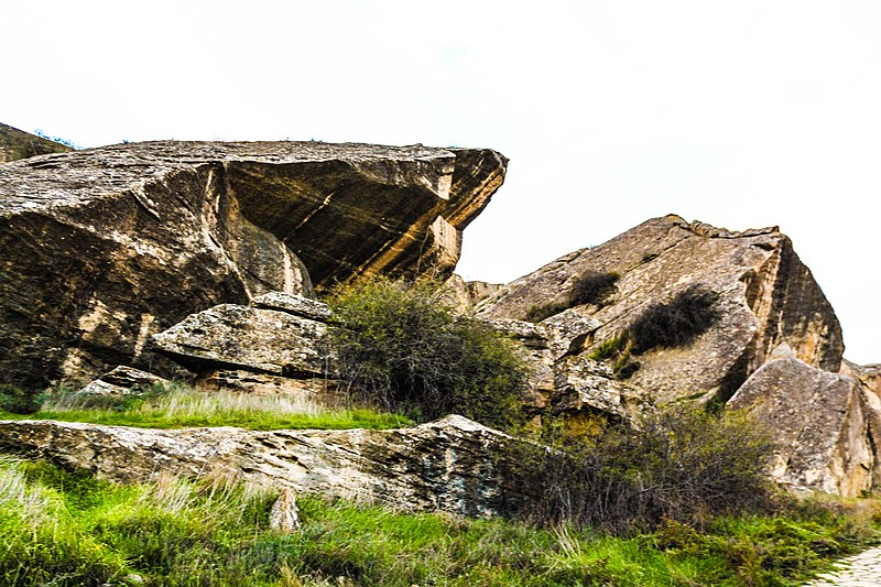 File:Gobustan State Reserve 9.jpg