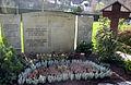 Grab der Familie Ungern-Sternberg in Freiburg-Günterstal.jpg