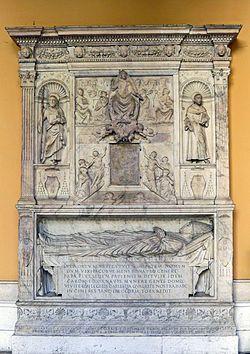 Grabmonumenmt Jacopo Ammanati Piccolomini 1 1.JPG
