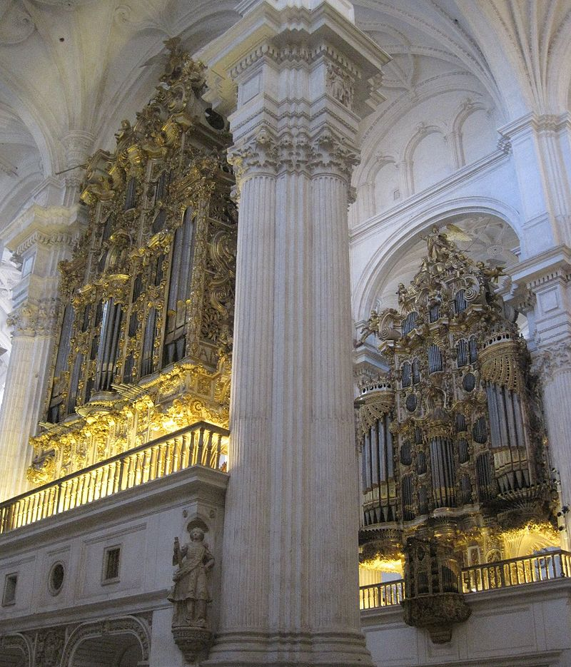 Granada Kathedrale Orgel2.jpg