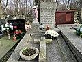 Grave of Wanda Maleszewska - 01.jpg