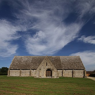 Great Coxwell Barn - The barn seen from the west