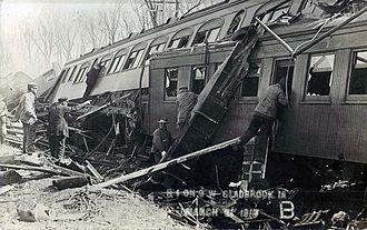 Green Mountain train wreck - Telescoping of the wooden coaches