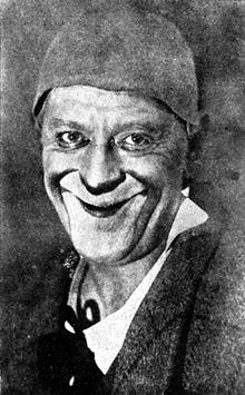 http://upload.wikimedia.org/wikipedia/commons/thumb/f/fa/Grock_1928.jpg/220px-Grock_1928.jpg