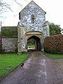 Guarding the gatehouse, Ewhurst Manor - geograph.org.uk - 145139.jpg