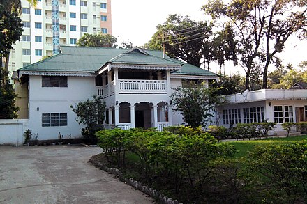 The bungalow, which originated in Bengal, is a common sight. The roof style seen in the picture is common in the hilly areas of Sylhet and Chittagong Guest house in Sylhet (01).jpg