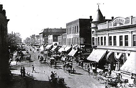 Locust St. crossing at Main St. West side of square in 1910.