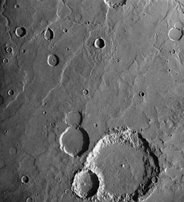 Hartwig crater 084A05.jpg