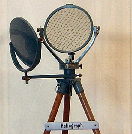 Fig. 2: German heliograph made by R. Fuess in Berlin (on display at the Museum of Communication in Frankfurt) Heliograph (1)-2.jpg