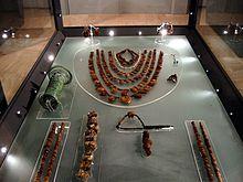 Gioielli in ambra esposti al Museo archeologico nazionale della Siritide a Policoro (MT)