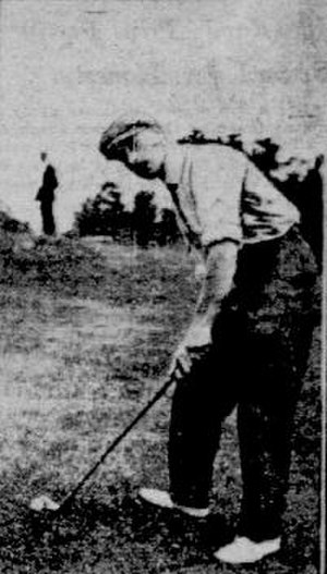 Herbert Strong (golfer) - Strong in 1908 preparing to hit a chip shot