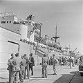 Het transportschip Bulgaria met emigranten (oliem) in de haven van Haifa, gezien, Bestanddeelnr 255-1119.jpg
