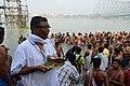 Hindu Priest - Jagannath Ghat - Kolkata 2012-10-15 0664.JPG