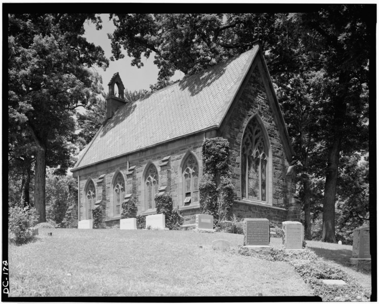 File:Historic American Buildings Survey J. Alexander, Photographer 1968 EXTERIOR LOOKING NORTHWEST - Oak Hill Cemetery, Chapel, 3001 R Street Northwest, Northeast of gatehouse, Washington HABS DC,GEO,41B-3.tif