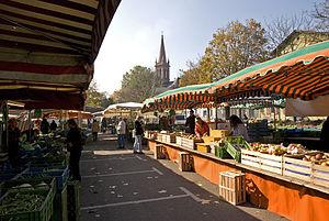 Höchst (Frankfurt am Main) - Image: Hoechster Wochenmarkt