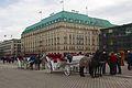 Horse and carriage, Pariser Platz, Berlin.jpg