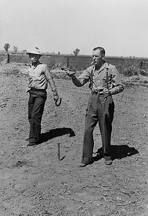 Field day (agriculture) - Horseshoe pitching contest at the annual field day of the FSA farmworkers community, Yuma, Arizona (1942)