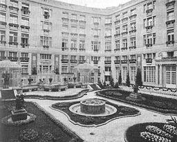 Hotel Esplanade, Für den Autor, siehe [Public domain], via Wikimedia Commons