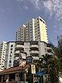 Hoteles y mas hoteles - panoramio.jpg