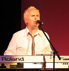 Howard Jones - 7-10-08.jpg
